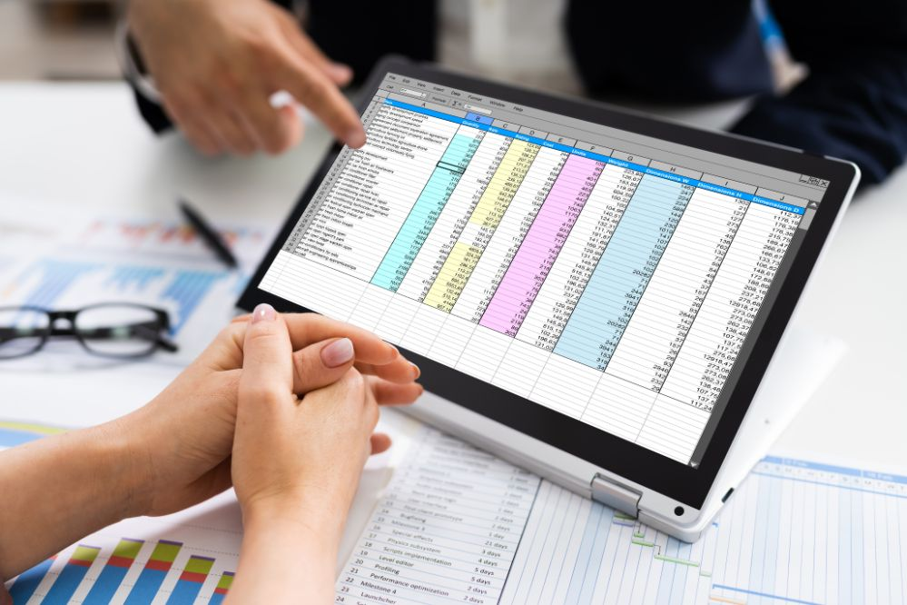 Electronic spreadsheet applications online course