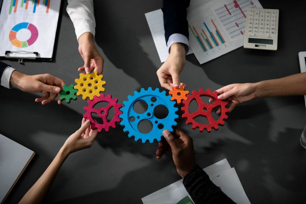 Integrating business concepts online course